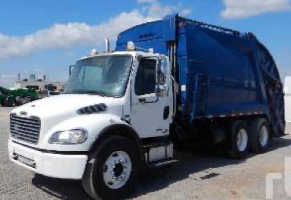 Familia Guerrero Gestiona 2 camiones compactadores para nuestro municipio.