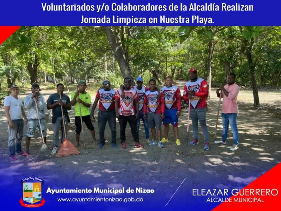 Voluntariados y/o Colaboradores de la Alcaldía Realizan Jornada Limpieza en Nuestra Playa.